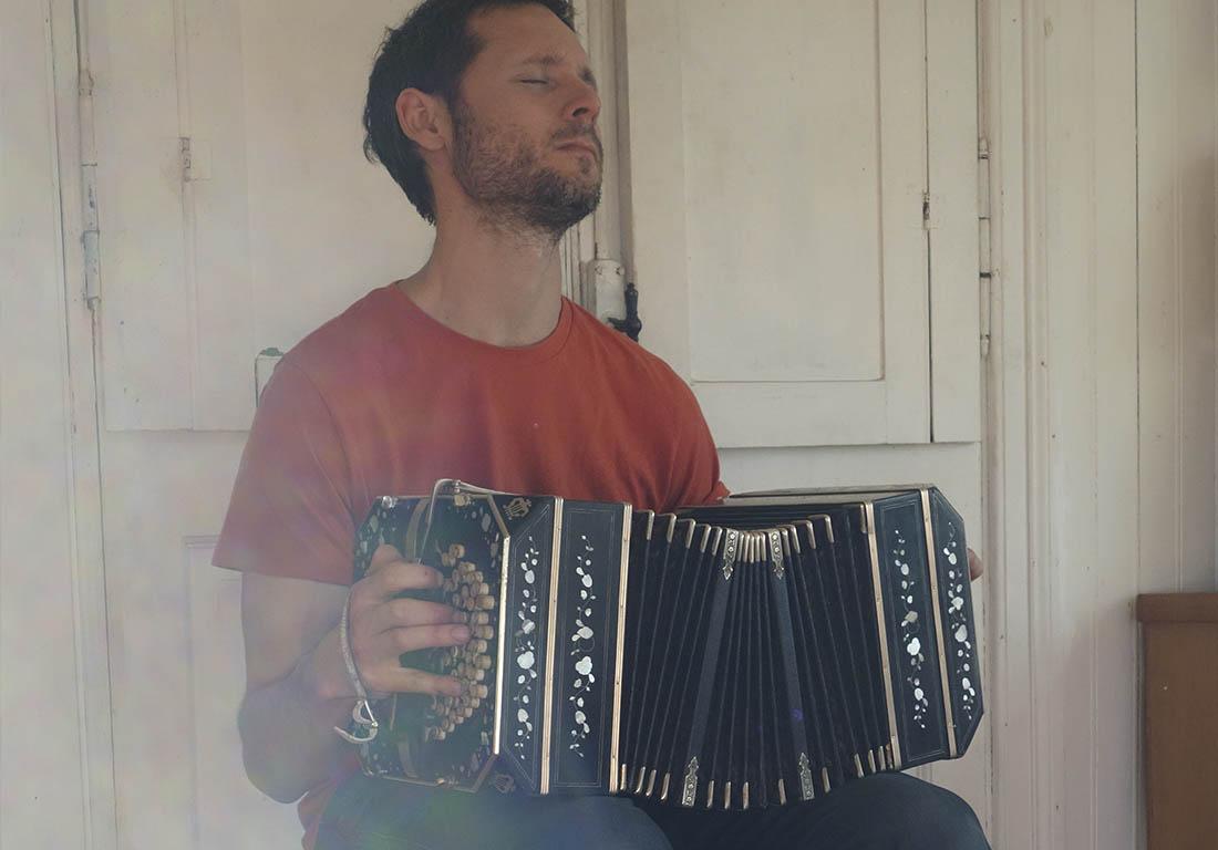 Hugo-jouant-bandoneon-tango