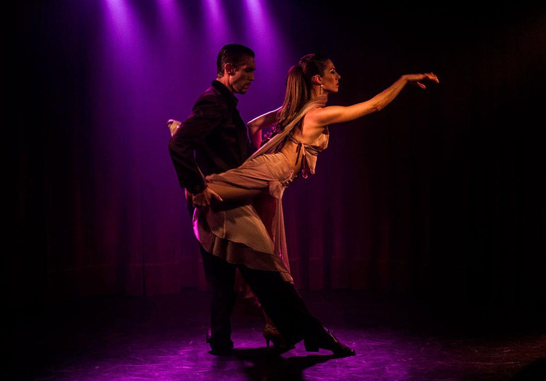 rojo-tango-buenos-aires